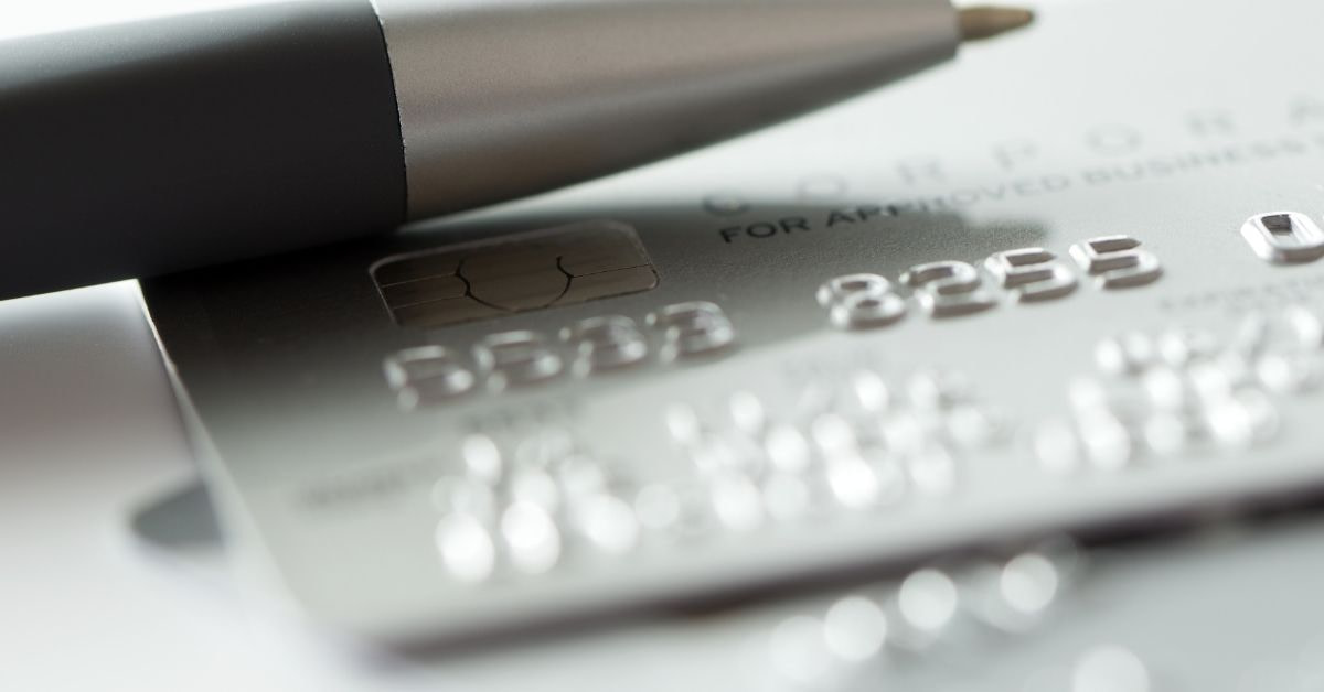 Debit or Credit Card – Which Is Right For You?
